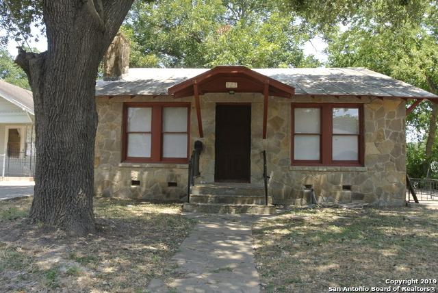 323 E Southcross Blvd, San Antonio, TX 78214 (MLS #1403414) :: Neal & Neal Team