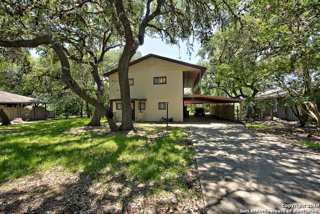 957 Park View Loop, Canyon Lake, TX 78133 (MLS #1403656) :: Santos and Sandberg