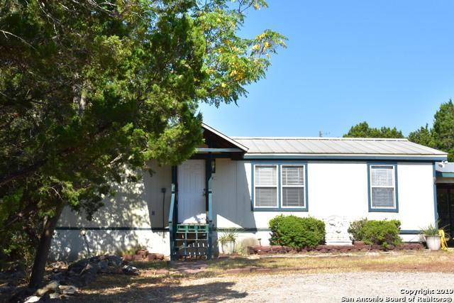 565 Qappuella Dr, Canyon Lake, TX 78133 (MLS #1403690) :: Santos and Sandberg