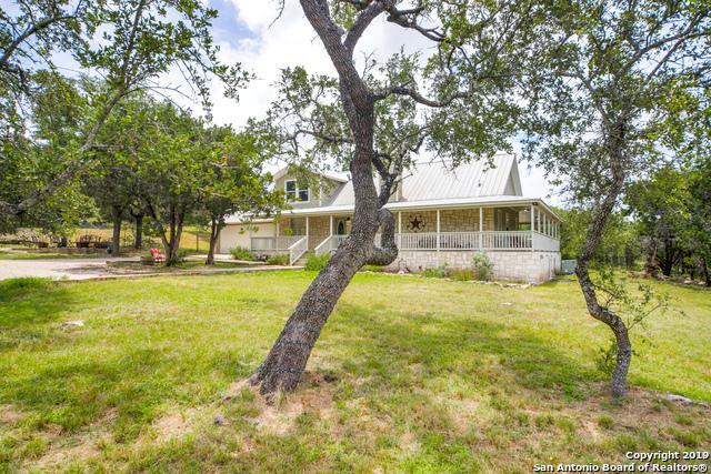 730 E Ammann Rd, Bulverde, TX 78163 (MLS #1403742) :: Erin Caraway Group