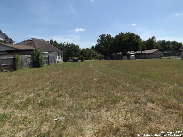 5651 Midcrown Dr, San Antonio, TX 78218 (MLS #1404308) :: Exquisite Properties, LLC