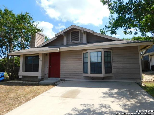 15013 Winter View Dr, San Antonio, TX 78247 (MLS #1404722) :: The Gradiz Group