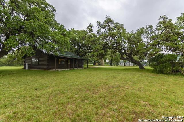 529A Appaloosa Hollow, Bandera, TX 78003 (MLS #1404781) :: Tom White Group
