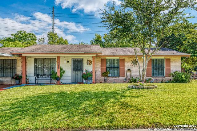 5843 Branch Valley St, San Antonio, TX 78242 (MLS #1405140) :: Tom White Group