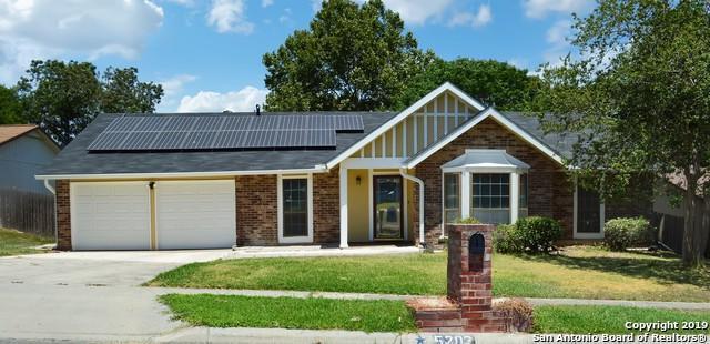 5203 Hacienda Dr, San Antonio, TX 78233 (MLS #1405201) :: Alexis Weigand Real Estate Group