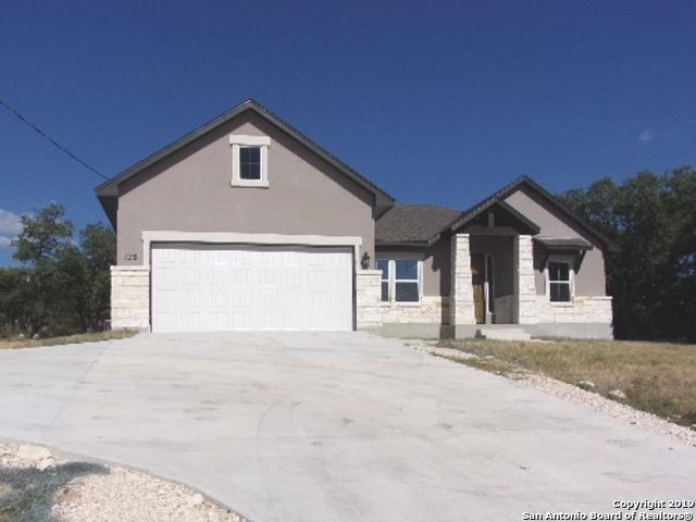 126 Garrett Way, Canyon Lake, TX 78133 (MLS #1405211) :: Exquisite Properties, LLC