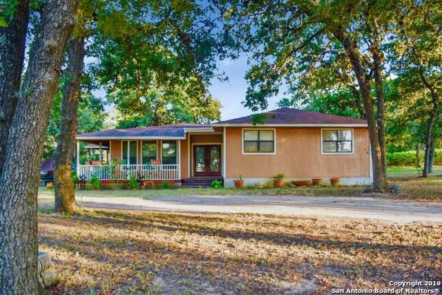 532 Wolf Ln, La Vernia, TX 78121 (MLS #1405393) :: Brandi Cook Real Estate Group, LLC
