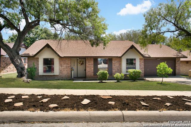 7858 Hawk Trail St, San Antonio, TX 78250 (MLS #1405405) :: BHGRE HomeCity