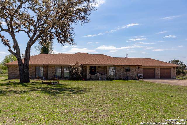 105 Oakwood Road, Kerrville, TX 78028 (MLS #1407797) :: Glover Homes & Land Group