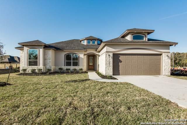 8111 Yellow Bark Blvd, Selma, TX 78154 (MLS #1407826) :: Glover Homes & Land Group