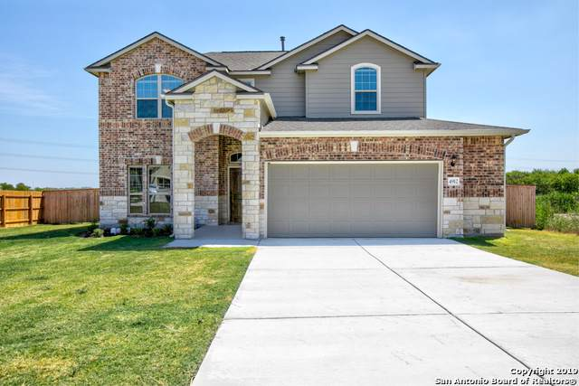 4912 Arrow Ridge, Schertz, TX 78108 (#1407911) :: The Perry Henderson Group at Berkshire Hathaway Texas Realty