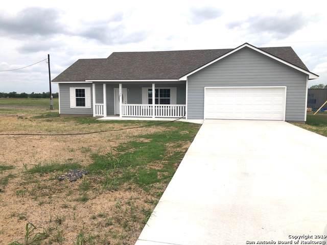 1133 County Road 6712, Natalia, TX 78059 (MLS #1407963) :: BHGRE HomeCity