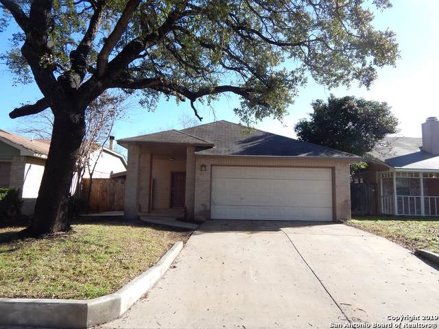 11242 Hatchet Pass Dr, San Antonio, TX 78245 (MLS #1408025) :: BHGRE HomeCity