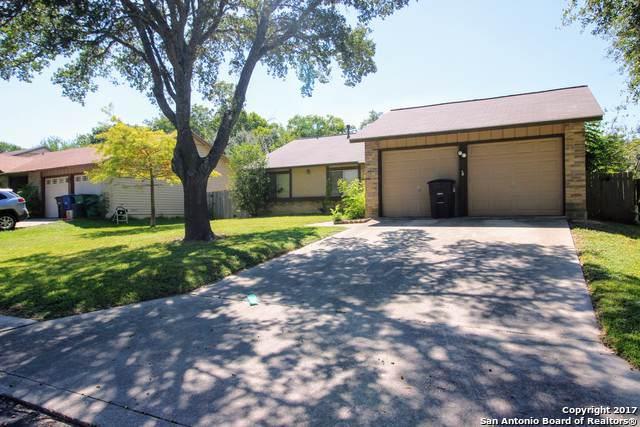 5802 Brambletree St, San Antonio, TX 78247 (#1408031) :: The Perry Henderson Group at Berkshire Hathaway Texas Realty