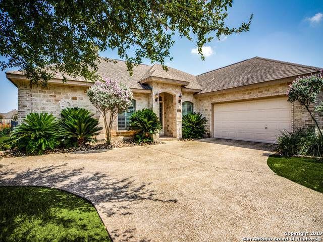 30115 Cibolo Run, Fair Oaks Ranch, TX 78015 (MLS #1408148) :: Reyes Signature Properties