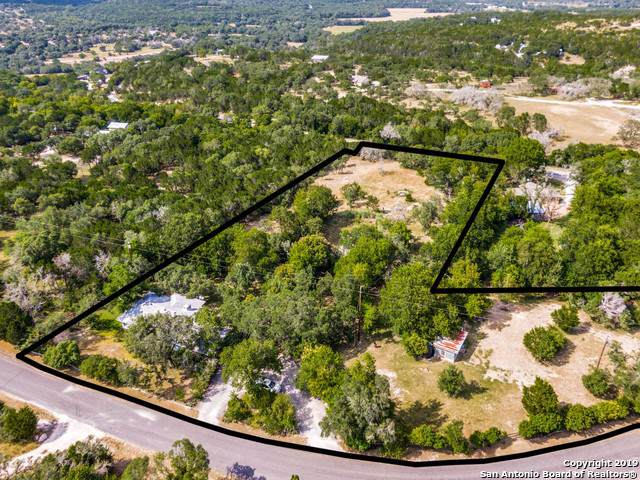 21 Green Cedar Rd, Boerne, TX 78006 (MLS #1408292) :: Tom White Group