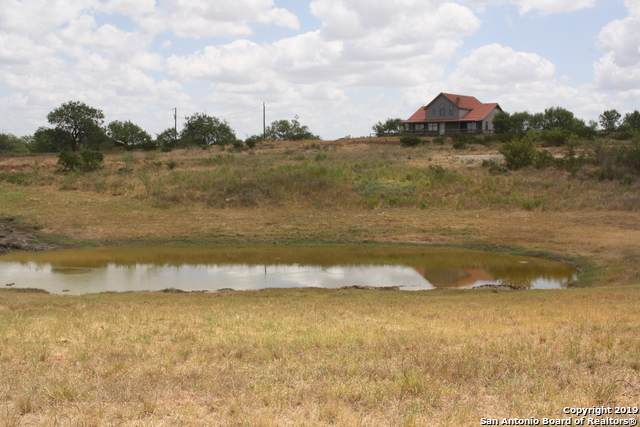 3566 County Road 3300, Pearsall, TX 78061 (MLS #1408293) :: River City Group