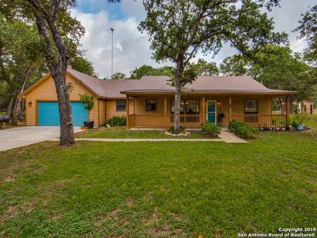 283 Shannon Ridge Dr, Floresville, TX 78114 (MLS #1408325) :: BHGRE HomeCity