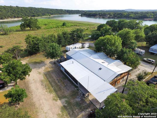 281 Water St, Pipe Creek, TX 78063 (MLS #1408359) :: BHGRE HomeCity