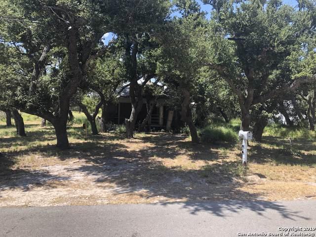 1126 N Mccampbell St, Aransas Pass, TX 78336 (MLS #1408561) :: Berkshire Hathaway HomeServices Don Johnson, REALTORS®
