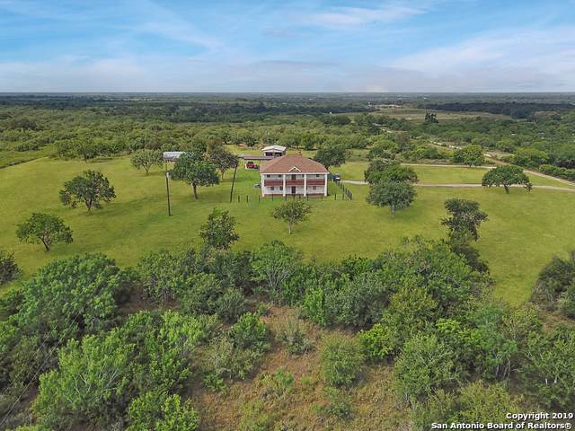 1550 County Road 421, Stockdale, TX 78160 (MLS #1408930) :: Niemeyer & Associates, REALTORS®
