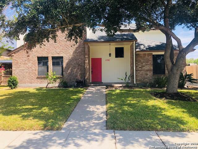 1101 Harbor Village Dr, Corpus Christi, TX 78412 (MLS #1408994) :: BHGRE HomeCity
