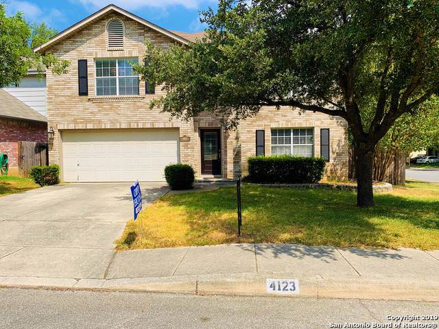 4123 Knollpass, San Antonio, TX 78247 (MLS #1409024) :: The Gradiz Group