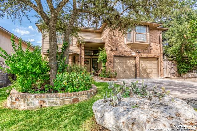 864 Amberstone Dr, San Antonio, TX 78258 (MLS #1409062) :: Glover Homes & Land Group