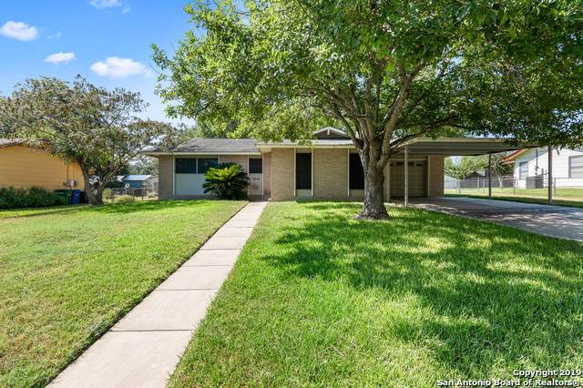 3942 Viewsite Dr, San Antonio, TX 78223 (MLS #1409075) :: BHGRE HomeCity