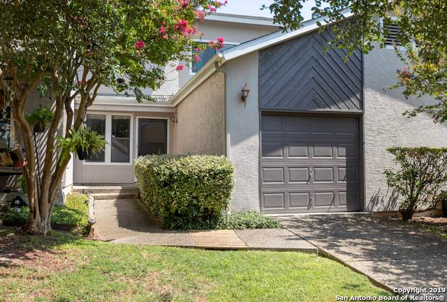 5630 Stream Valley, San Antonio, TX 78250 (MLS #1409412) :: Laura Yznaga | Hometeam of America