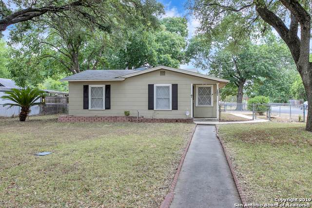 202 Genevieve Dr, San Antonio, TX 78214 (MLS #1409438) :: The Mullen Group | RE/MAX Access