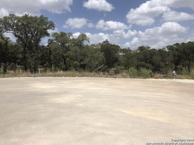 5718 Highgarden, New Braunfels, TX 78132 (#1409507) :: The Perry Henderson Group at Berkshire Hathaway Texas Realty