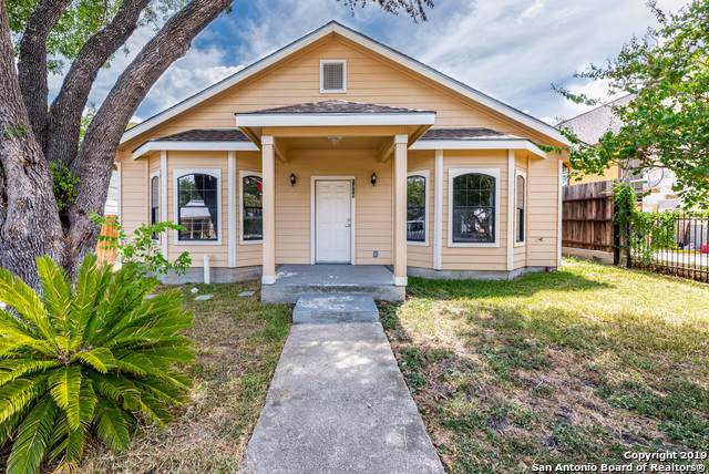 1318 W Hollywood Ave, San Antonio, TX 78201 (MLS #1409599) :: BHGRE HomeCity