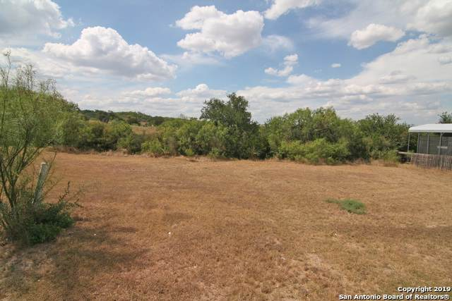 00 River Trl, Castroville, TX 78009 (#1409650) :: The Perry Henderson Group at Berkshire Hathaway Texas Realty
