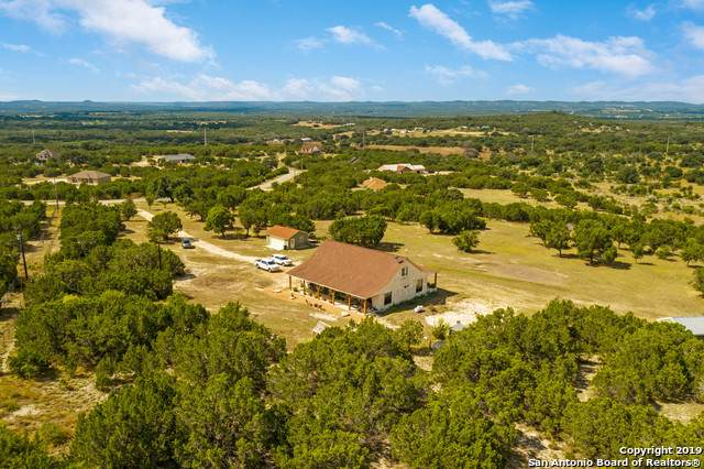 1408 Bear Springs Trail, Pipe Creek, TX 78063 (MLS #1409670) :: Exquisite Properties, LLC