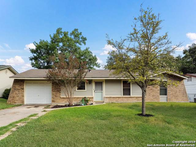 7501 Sage Oak St, Live Oak, TX 78233 (MLS #1409739) :: BHGRE HomeCity