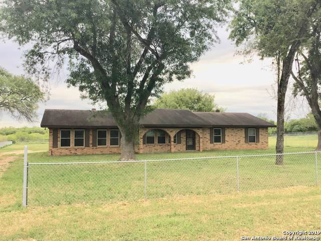 12286 Us Highway 87, La Vernia, TX 78121 (MLS #1409987) :: BHGRE HomeCity