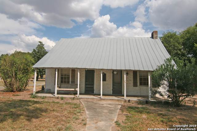 708 Lower Lacoste Rd, Castroville, TX 78009 (MLS #1410113) :: BHGRE HomeCity