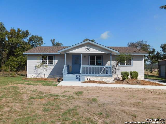 137 Great Oaks Blvd, La Vernia, TX 78121 (MLS #1410179) :: Santos and Sandberg