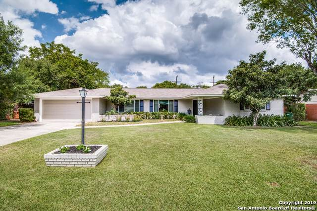 307 Royal Oaks Dr, San Antonio, TX 78209 (MLS #1410232) :: Vivid Realty