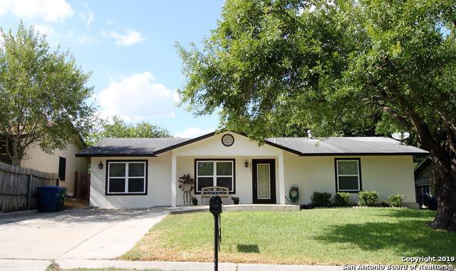 6255 Lark Valley Dr, San Antonio, TX 78242 (MLS #1410350) :: BHGRE HomeCity
