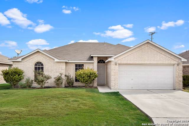 1813 Sunspur Drive, New Braunfels, TX 78130 (MLS #1410613) :: Alexis Weigand Real Estate Group