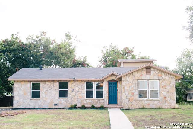 479 S Sycamore Ave, New Braunfels, TX 78130 (MLS #1410635) :: BHGRE HomeCity