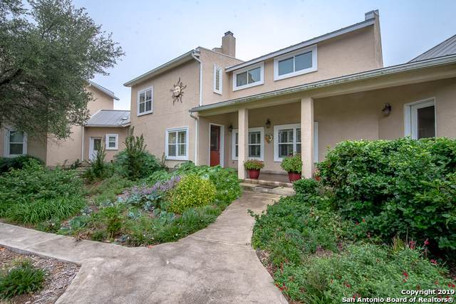 23180 Hanging Oak, San Antonio, TX 78266 (MLS #1410707) :: BHGRE HomeCity