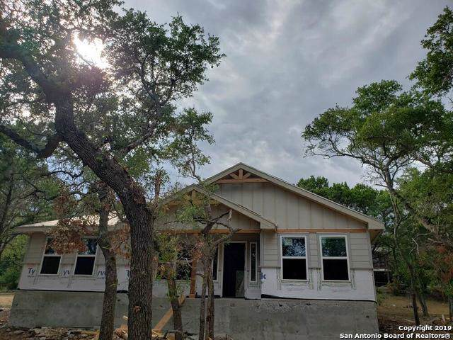 1532 Hillcrest Forest, Canyon Lake, TX 78133 (MLS #1410747) :: The Gradiz Group