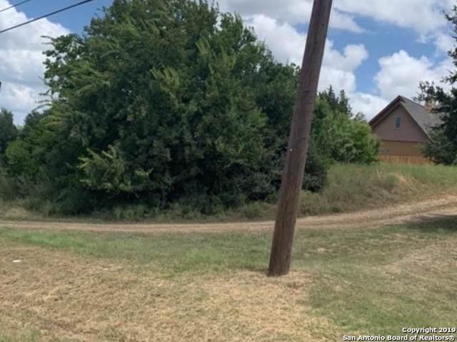 8000 Deerfield Blvd, Selma, TX 78154 (MLS #1410783) :: BHGRE HomeCity