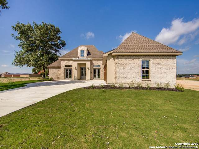 299 Abrego Lake Dr, Floresville, TX 78114 (MLS #1410833) :: BHGRE HomeCity