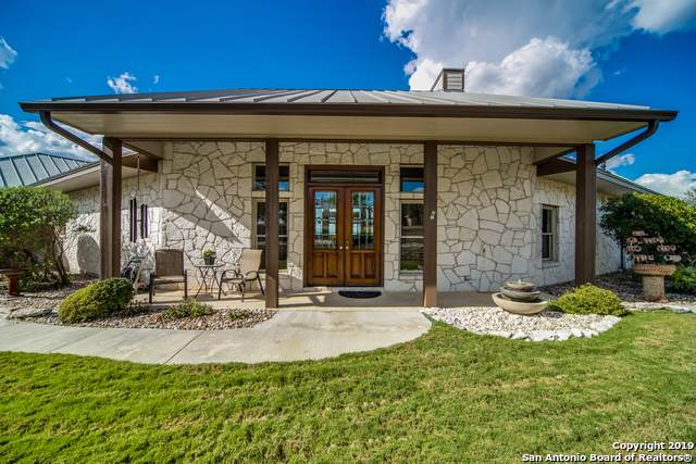 204 Lookout Point, Comfort, TX 78013 (MLS #1410906) :: Alexis Weigand Real Estate Group