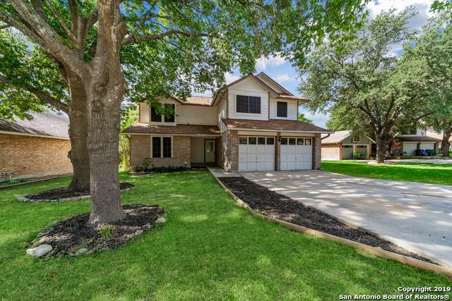 6319 Scrub Jay, San Antonio, TX 78240 (MLS #1410977) :: BHGRE HomeCity