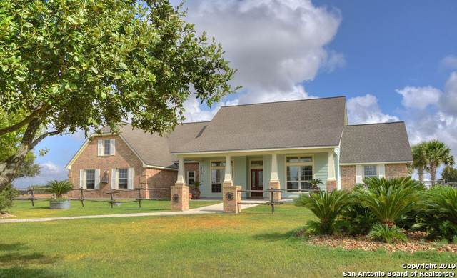 901 Pioneer Rd, Seguin, TX 78155 (MLS #1411023) :: Exquisite Properties, LLC